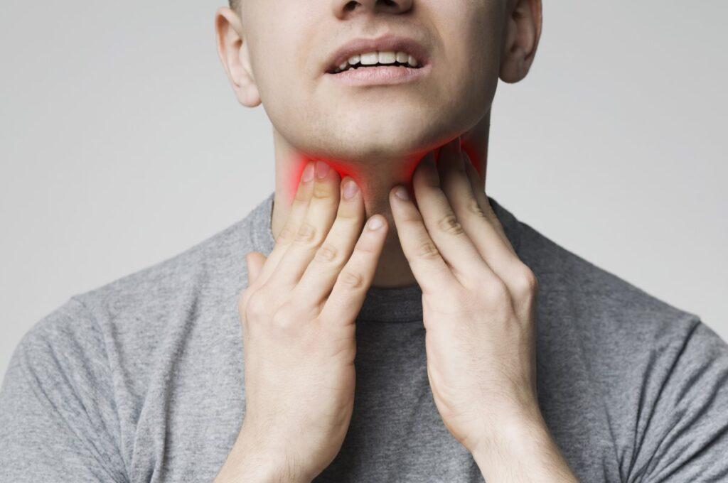 Infekcja gardła spowodowana grzybiczym zapaleniem gardła